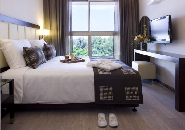 סוויטת ביזנס 2 חדרי שינה וסלון - כפר המכביה סוויטות פרימיום