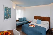 חדר U סופריור- מלון יו קורל ביץ