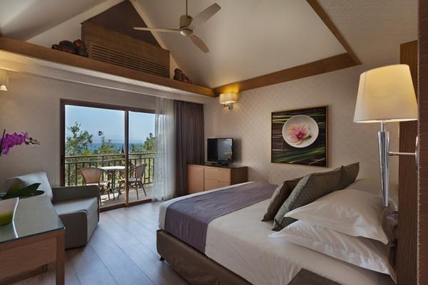 סופריור סיאם עם נוף לים -מלון אורכידאה אילת