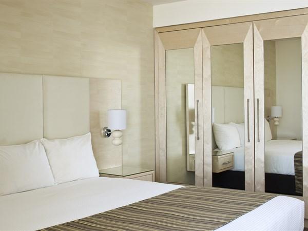 חדר יחיד- מלון ישרוטל גנים ים המלח