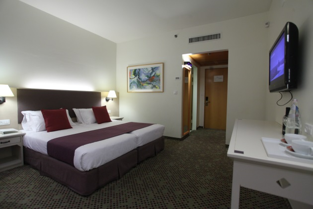 חדר סטנדרט משפחתי- מלון רמת רחל ירושלים