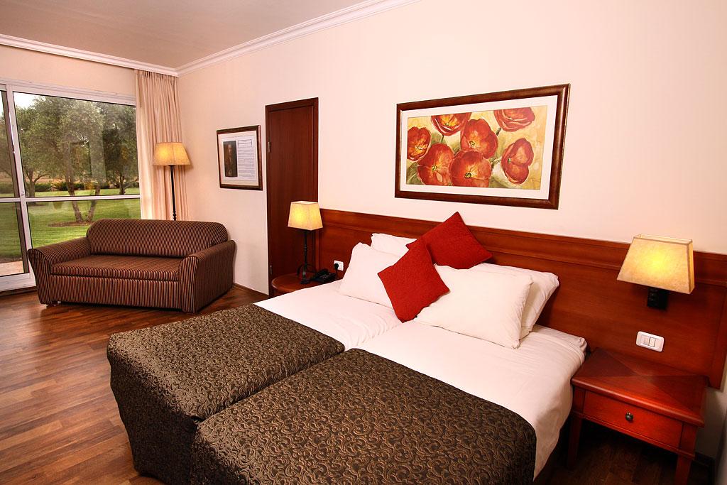 חדרי גרנד- מלון פסטורל כפר בלום