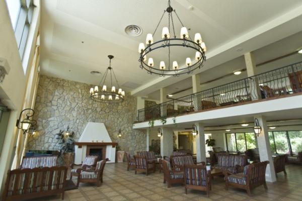 מלון הספא והנופש אחוזת אסיינדה ביער מרשת סי הוטלס