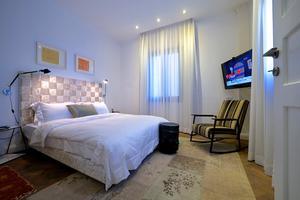 חדר סטנדרט ללא נוף- מלון טאון האוס תל אביב