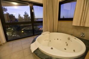 חדר גקוזי -מלון נווה אילן רשת סי הוטל