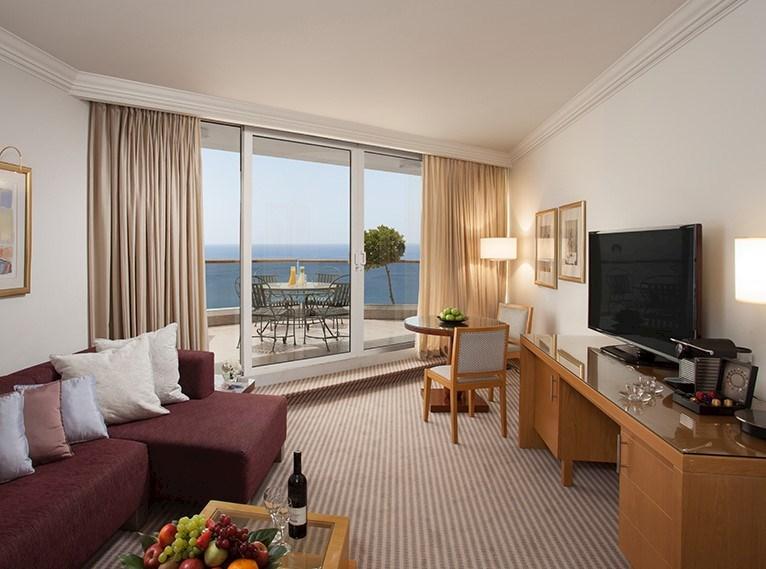 סוויטת בלוויסטה- מלון רויאל ביץ אילת