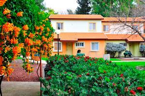 דירת שני חדרים קרקע- מלון כפר הנופש נופי גונן