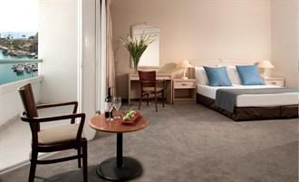 חדר סטודיו -מלון קראון פלזה אילת