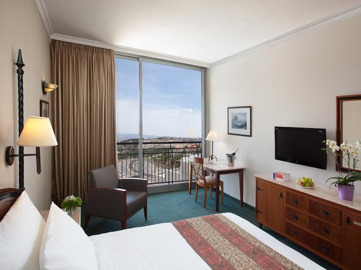 חדר קומפורט -מלון גולדן קראון נצרת