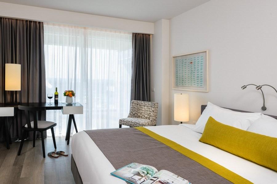 חדר דלקס- מלון הרודס הרצליה