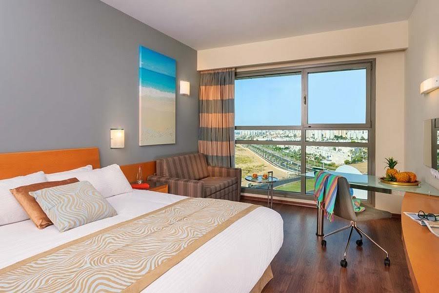 אקזקיוטיב גרנד בקומה גבוהה -מלון לאורנדו פלאזה אשדוד
