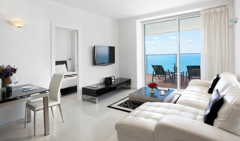 סוויטת שני חדרי שינה, נוף לים -מלון איילנד נתניה