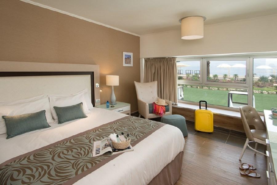 חדר אקסקיוטיב ספא ללא מרפסת -מלון הרודס ים המלח