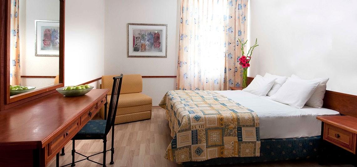 חדרי קלאסיק מלון -נוף גנוסר