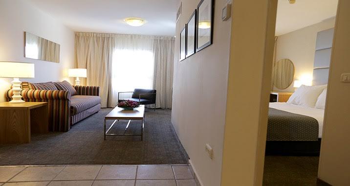 סוויטה ללא עישון- מלון נירוונה סוויטס אילת