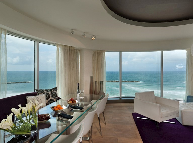 Sea One Suite Royal Beach Tel Aviv