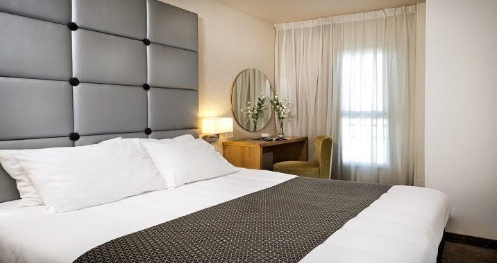 סוויטת רויאל-מלון אסטרל נירוונה סוויטס