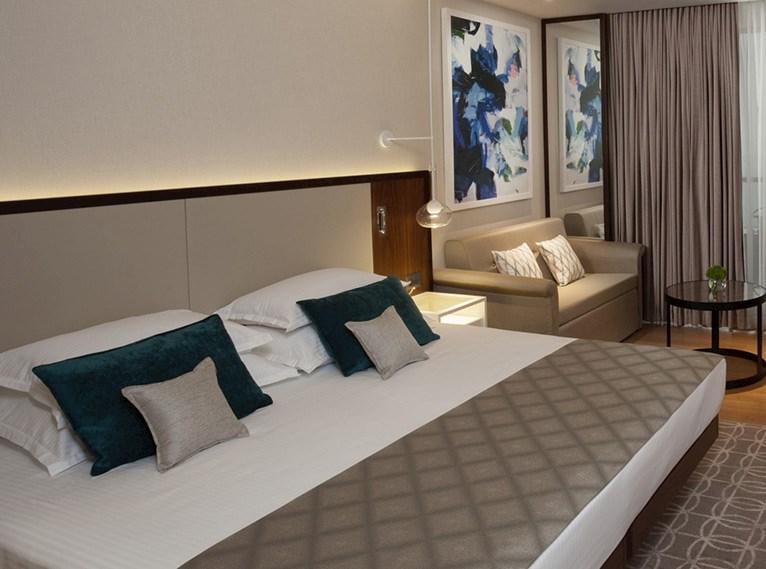 סוויטת בלוויסטה חדשה -מלון רויאל ביץ אילת