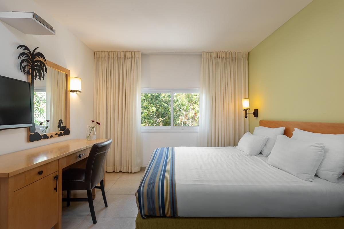 Standard + - the desert rooms