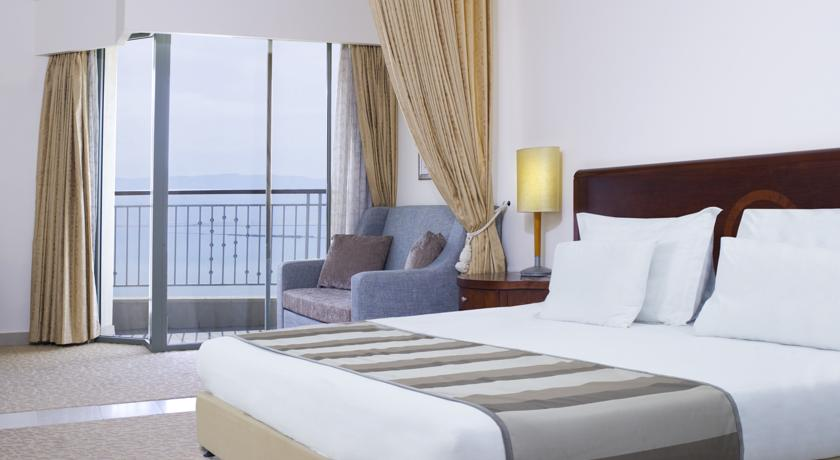 Deluxe Room with facing the sea or pool