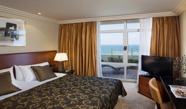 Terrace Sea View Suite