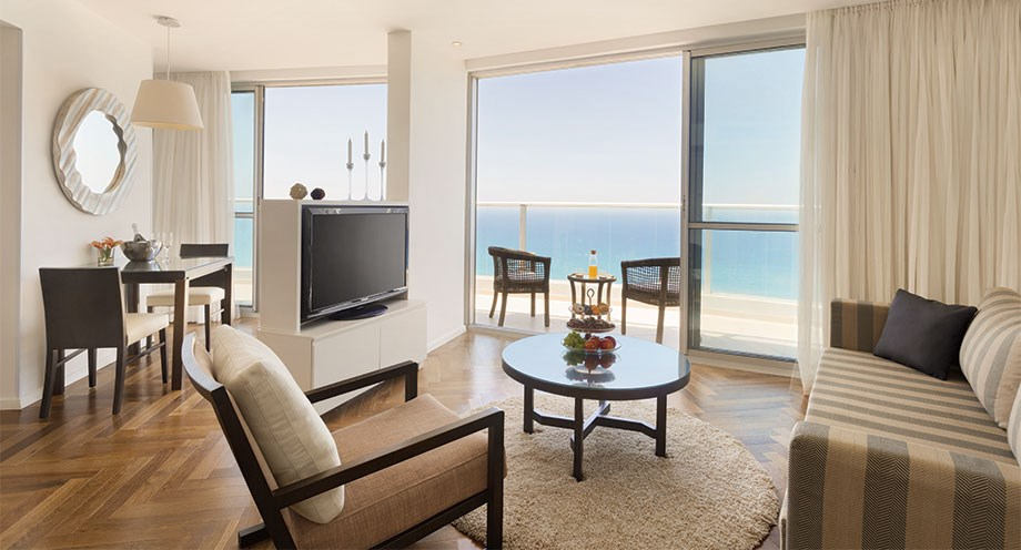 Executive Suite with Full Sea View