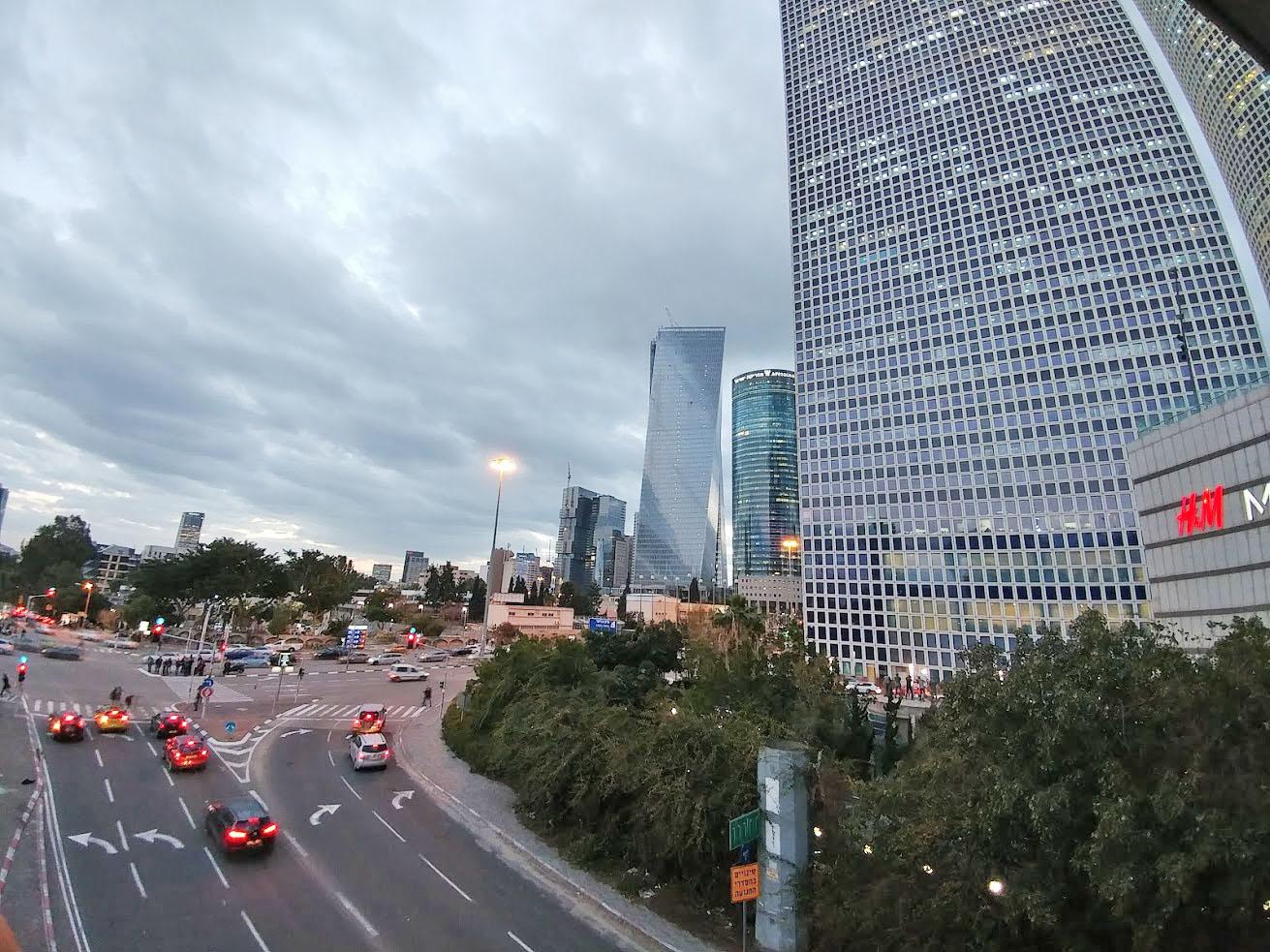 קראון פלאזה סיטי סנטר תל אביב